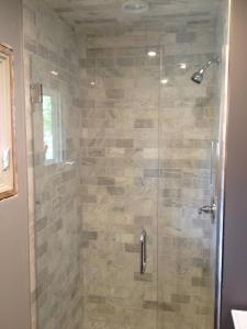 HG frameless door with with inline panel hinges, C-Pull, U-Channel and bottom sweep